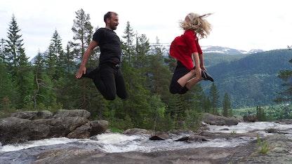 Se filmen Dans for livet her
